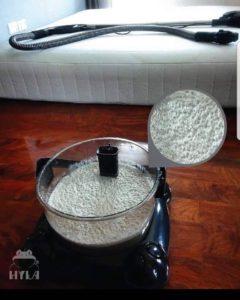 Stará kůže, roztoči ajejich výkaly vnádobě pohloubkovém čištění vodním vysavačem Hyla