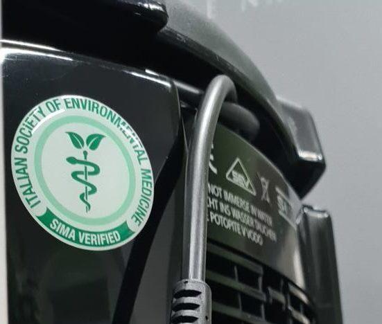 SIMA certifikovala schopnosti přístroje Hyla při čištění vzduchu od aerosolů ajemných částic prachu, které pomáhají přenášet koronavir